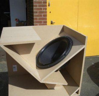 Como hacer una caja para parlantes de 12 pulgadas: instrucciones